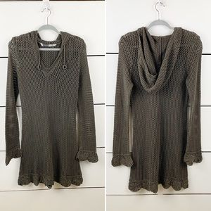 ATHLETA Reef Break Crochet Hooded Cover Up Dress M
